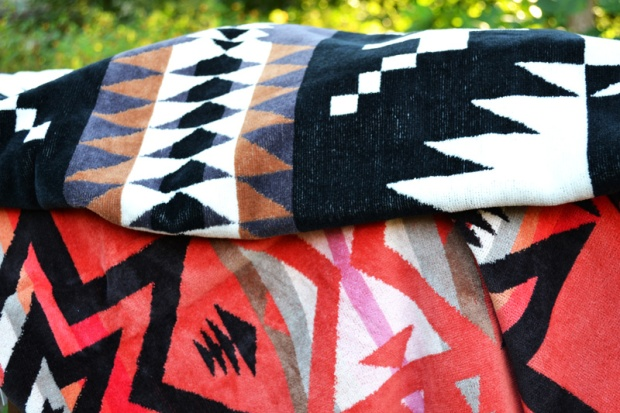 Personify Shop's Pendleton Spider Rock Towels